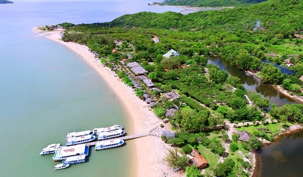Bến tàu Long Phú